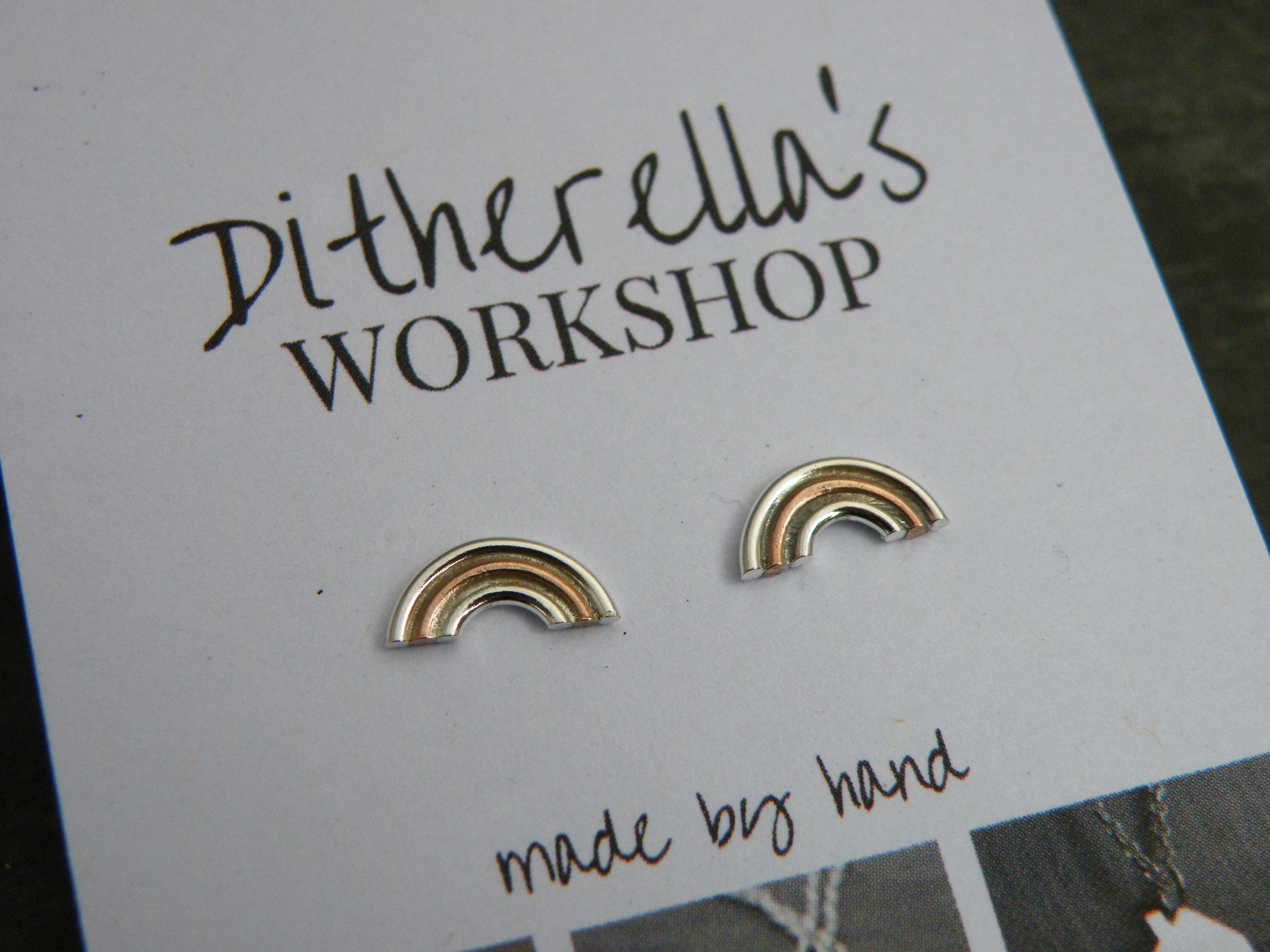 Studs rainbow with copper £15