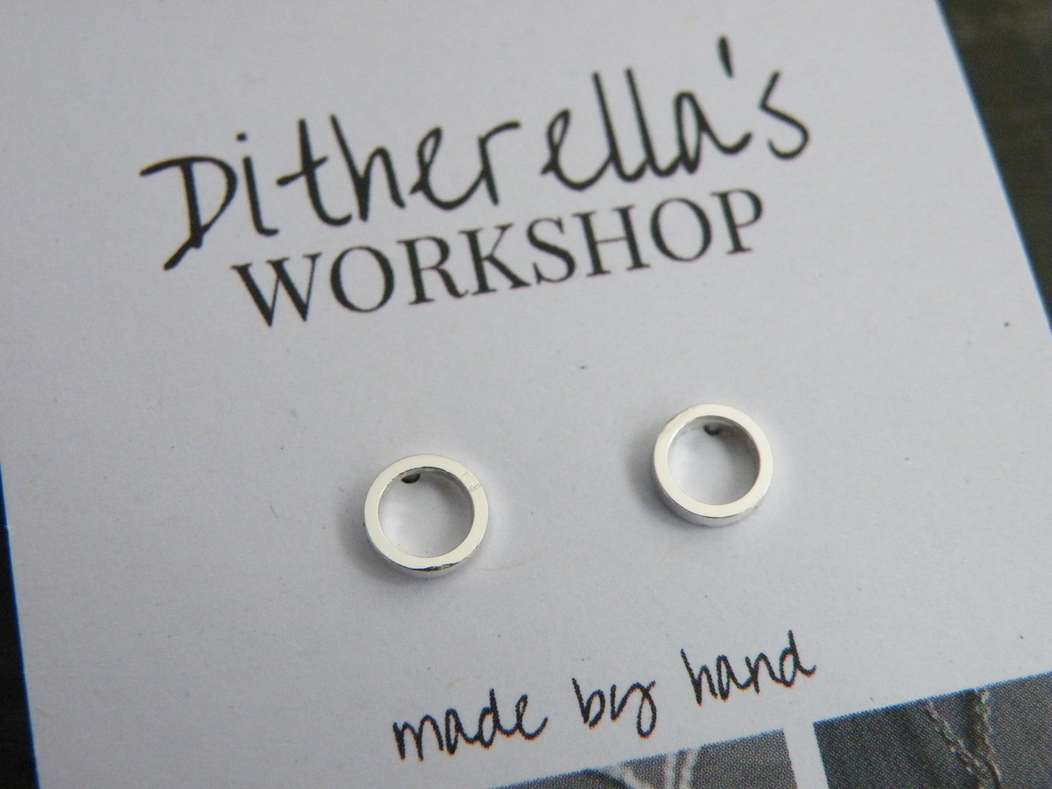 Studs ring £15