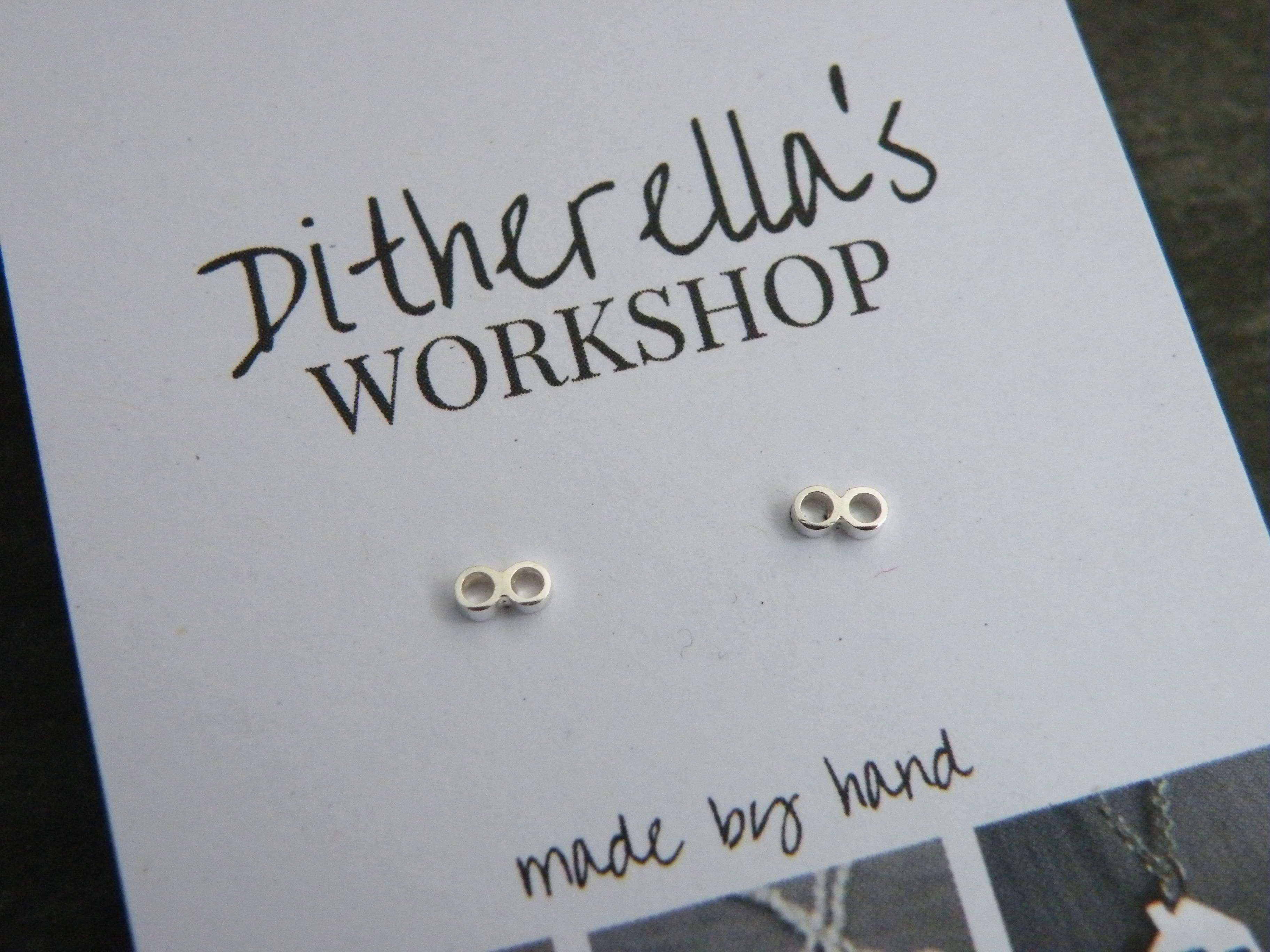 Studs tiny twin ring £15